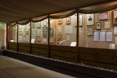 Vue intérieure du musée à la mémoire du grand poète russe du séjour Taman de MON Lermontov dans Septe Photographie stock