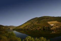 vue large de panorama de la rivière de Douro, Portugal photographie stock libre de droits