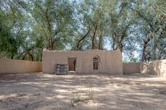 Vue lointaine de maison d'Al Dahiri en Al Qattara Oasis, Al Ain photos libres de droits