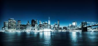 Vue lumineuse de Manhattan Images stock