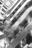 Vue métallique moderne d'angle faible d'escalier Photos libres de droits