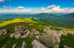 Vue magnifique de la montagne de Runa photo stock