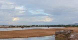 Vue naturelle de rivière de luni, tilwara, barmer, Ràjasthàn, indiaa Photographie stock libre de droits