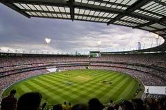 Vue obscurcie de jour à l'au sol de cricket de Melbourne Photos libres de droits
