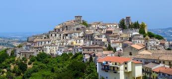Vue overal de ville d'Altomonte Image libre de droits