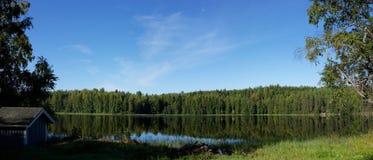 Vue paisible de lac dans Hyytiala Finaland Image libre de droits