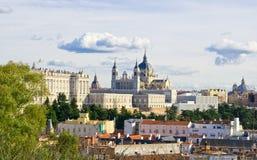 Vue panoramique à la cathédrale a de Santa Maria la Real de La Almudena photo libre de droits