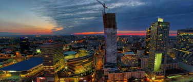 Vue panoramique aérienne à Varsovie du centre par nuit, du haut du palais de la culture et de la Science, Varsovie, Pologne Photographie stock libre de droits