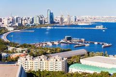 Vue panoramique aérienne de Bakou image stock