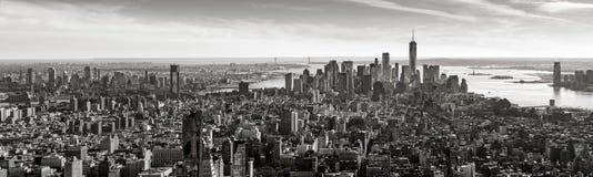 Vue panoramique aérienne de Lower Manhattan dans noir et blanc, New York City Photos stock