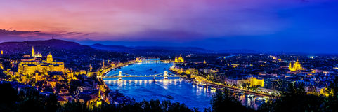 Vue panoramique au-dessus de Budapest au coucher du soleil Image stock