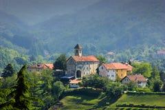 Vue panoramique au-dessus de village de Sassello images libres de droits