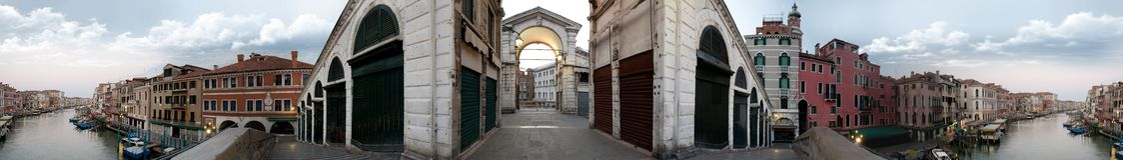vue panoramique circulaire de Ponte de Rialto Photographie stock