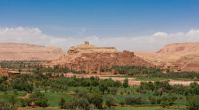 Vue panoramique d'Ait Benhaddou, Maroc Images libres de droits