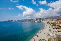Vue panoramique d'Almuñécar et de x28 ; Almunecar& x29 ; plage Photo libre de droits