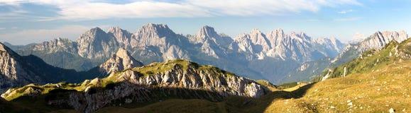 Vue panoramique d'Alpi Dolomiti Images libres de droits