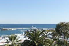 Vue panoramique d'une partie du port de Barcelone images stock