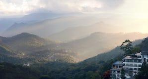 Vue panoramique dans Munnar dans Ghats occidental, Kerala image stock