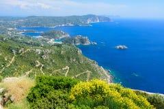 Vue panoramique de baie de Paleokastratsa Photo stock