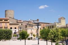 Vue panoramique de Biccari. La Puglia. L'Italie. photos stock