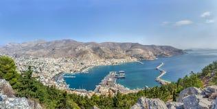 Vue panoramique de capitale de Pothia d'île de Kalymnos dans Dodecanese Grèce Image libre de droits