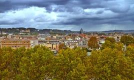 Vue panoramique de centre historique de Rome Soir?e de b?timent de panorama photographie stock