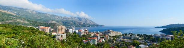 Vue panoramique de ci-dessus sur Becici sur la côte adriatique, Montenegr Image libre de droits