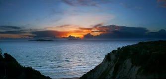 Vue panoramique de coucher du soleil à Corfou Photo libre de droits