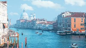 Vue panoramique de Grand Canal et de la basilique Santa Maria della Salute, Venise, Italie photos stock