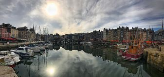 Vue panoramique de Honfleur, Normandie, France images stock