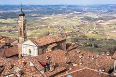 Vue panoramique de La Morra, Langhe Roero, Italie photo libre de droits