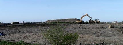 Vue panoramique de la récupération au sol de rebut Image stock