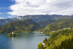 Vue panoramique de lac Bled, Slovénie Photos stock