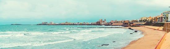Vue panoramique de littoral de Cadix Photographie stock libre de droits