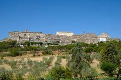 Vue panoramique de Lugnano dans Teverina Ombrie, Italie Photographie stock