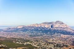 Vue panoramique de montagne de ³ de Montgà dans Denia et Javea, Espagne images libres de droits