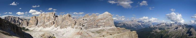 Vue panoramique de montagne de dolomites Photos libres de droits