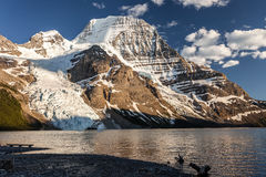 Vue panoramique de Mt Robson Photographie stock libre de droits