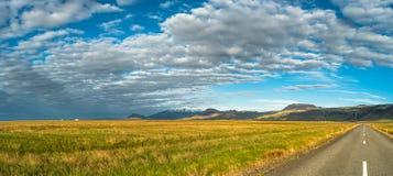 Vue panoramique de paysage islandais Images libres de droits