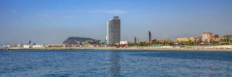 Vue panoramique de plage de Barceloneta à Barcelone Images libres de droits