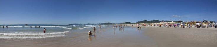 Vue panoramique de plage de Joaquina Florianopolis - au Brésil Photo libre de droits