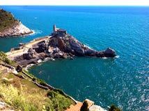 Vue panoramique de St Peter, Portovenere Images libres de droits