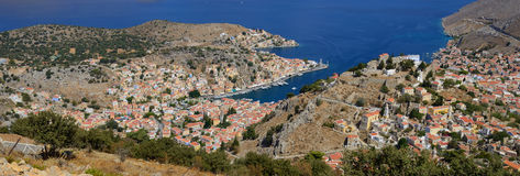 Vue panoramique de Symi, île grecque Photo stock