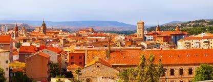 Vue panoramique de Teruel avec les points de repère principaux Photographie stock libre de droits