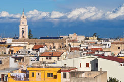 Vue panoramique de Turi. La Puglia. l'Italie. photographie stock