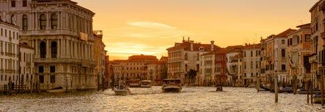 Vue panoramique de Venise au coucher du soleil, Italie images libres de droits