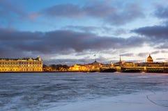 Vue panoramique du centre historique du St Petersbourg Photo stock