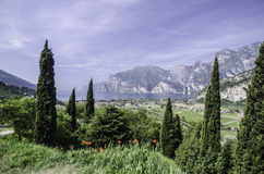 Vue panoramique du nord de Garda de lac Images stock