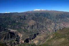 Vue panoramique du Pérou de canyon de Cotahuasi Image libre de droits