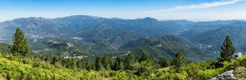 Vue panoramique du parc naturel régional de la Corse, Corse centrale rentrée sur les pentes de Monte Cardo photos stock
